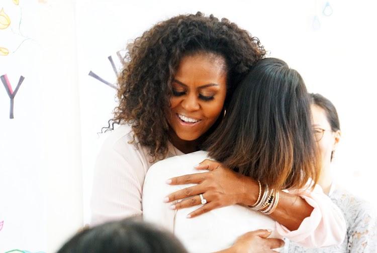 Lời chia sẻ tâm huyết của bà Michelle đã chạm tới trái tim của những người đứng đầu tổ chức giáo dục trẻ em gái